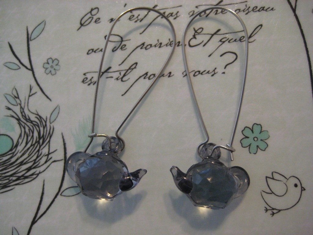 teapot earrings - Oolong Owl tea blog (1)
