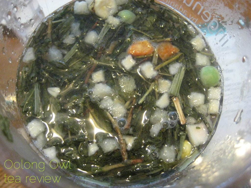A Rabbits Garden from Della Terra Teas - Oolong Owl Tea review (4)