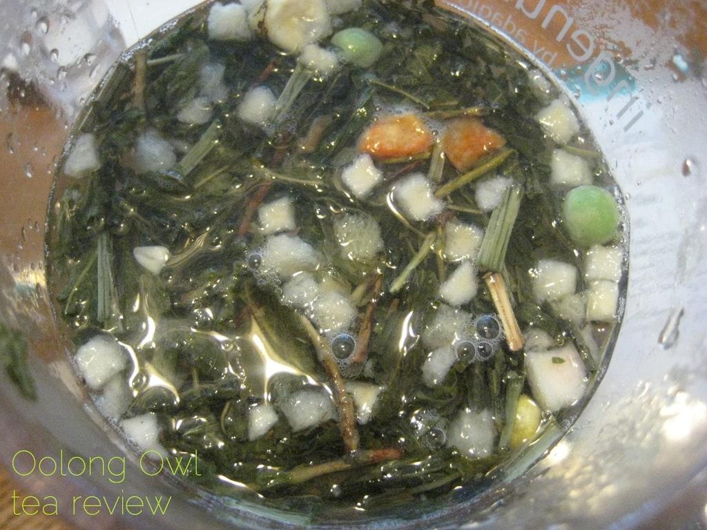 A Rabbits Garden from Della Terra Teas - Oolong Owl Tea review (4)