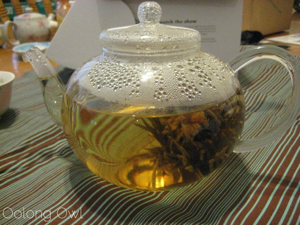 Oolong Owls first blooming tea (18)