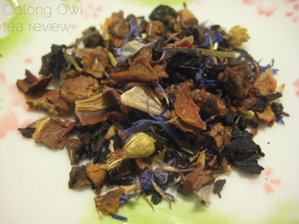 Pomegranate Fruit from Georgia Tea co - Oolong Owl Tea Review (4)