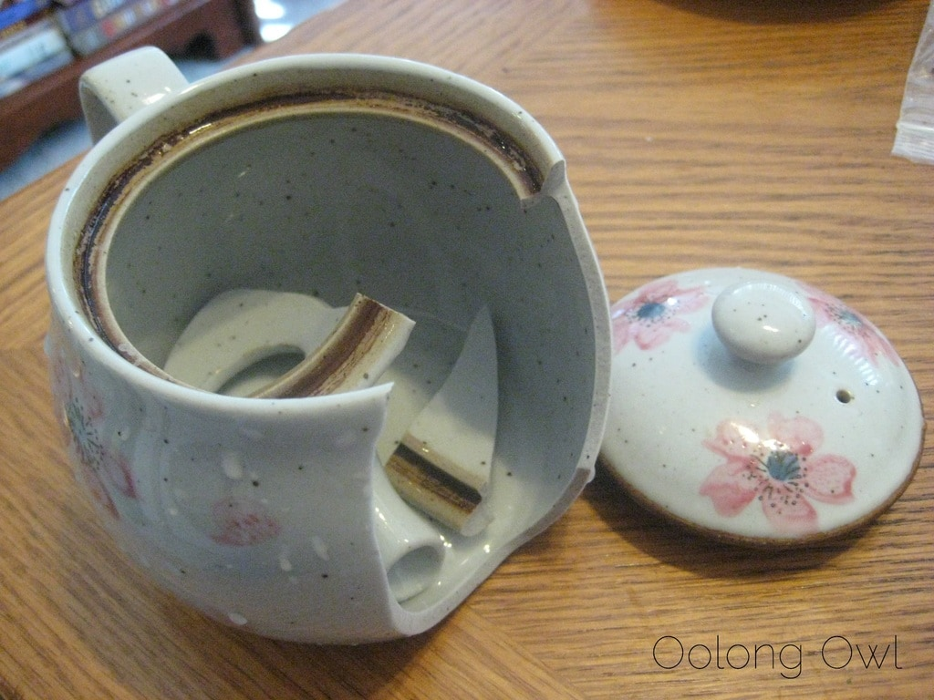 RIP Sakura tea pot - Oolong Owl