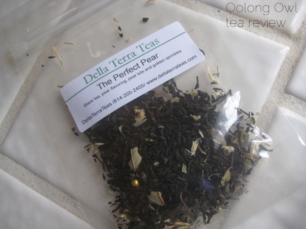 The Perfect Pear from Della Terra Teas - Oolong Owl tea review (2)