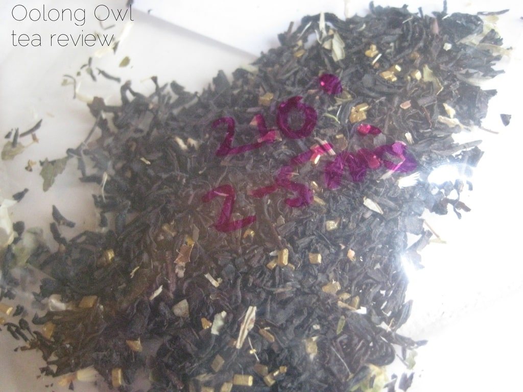 The Perfect Pear from Della Terra Teas - Oolong Owl tea review (3)