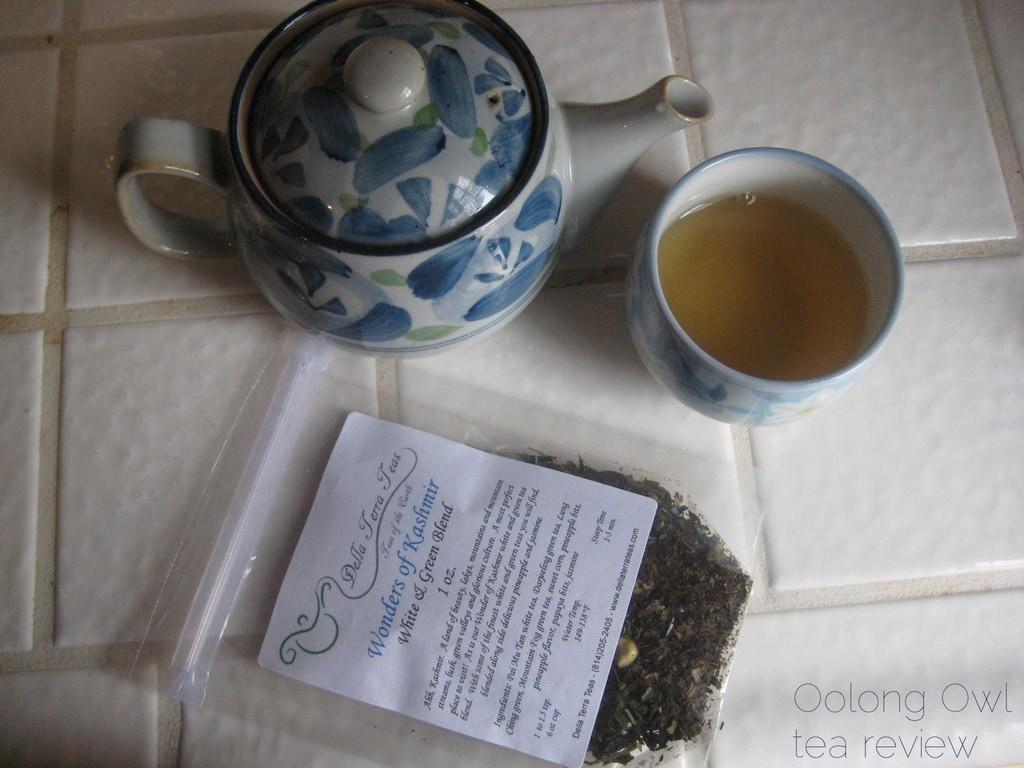 Wonders of Kashmir from Della Terra Teas - Oolong Owl tea review (4)