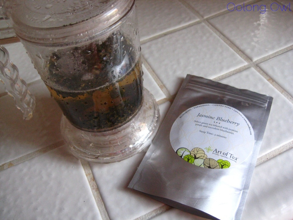 Jasmine Blueberry from Art of Tea - Oolong Owl Tea Review (3)