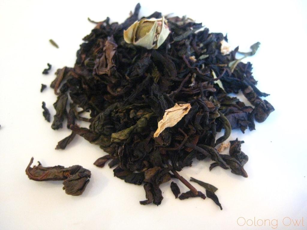 Peach Oolong from Della Terra Teas - Oolong owl tea review (2)