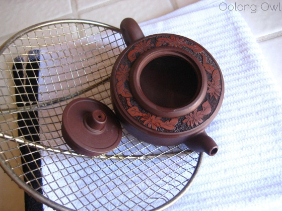 oolong-owls-the-seasoning-of-yixing-clay-tea-pot-9