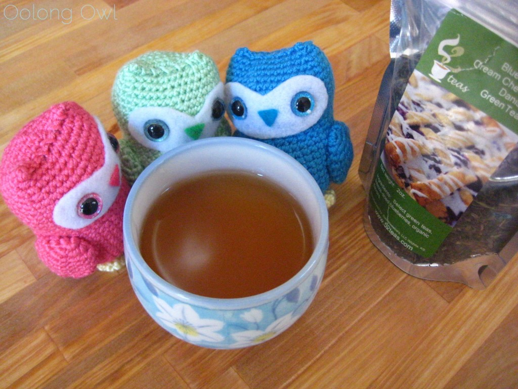 Blueberry Cream Cheese Danish Green Tea from 52 Teas - Oolong Owl Tea Review (5)