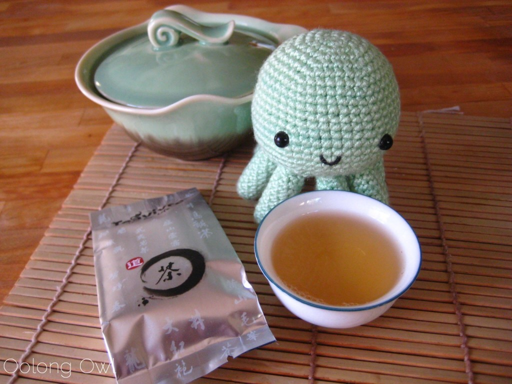 Da Hong Pao Big Red Robe Oolong from Teavivre - Oolong Owl Tea Review (6)
