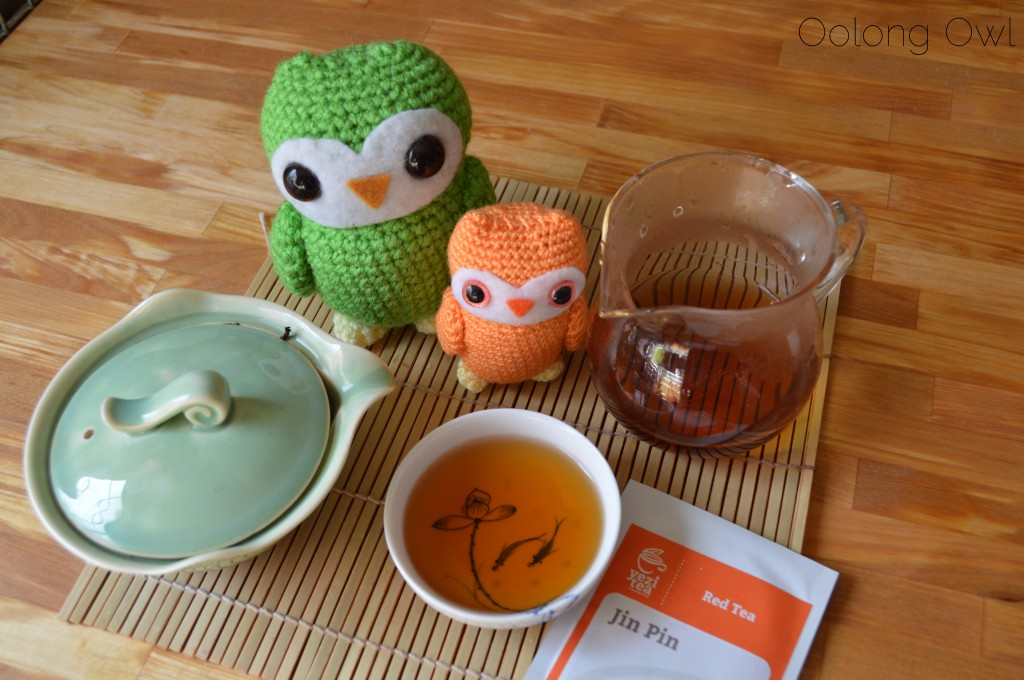 Jin Pin Black tea from Yezi tea - Oolong Owl Tea review (5)