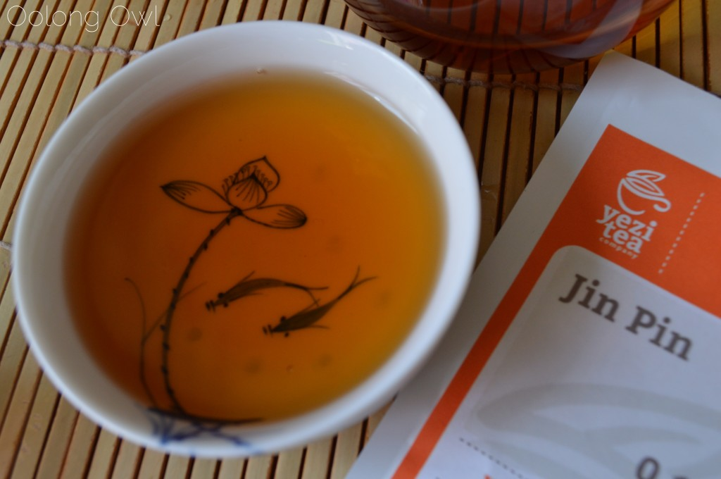 Jin Pin Black tea from Yezi tea - Oolong Owl Tea review (6)