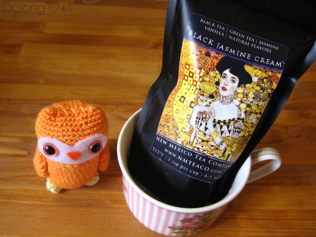 black jasmine cream tea  from new mexico tea company - oolong owl tea review (3)