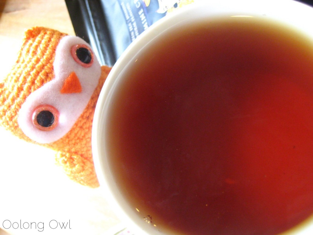 black jasmine cream tea  from new mexico tea company - oolong owl tea review (5)