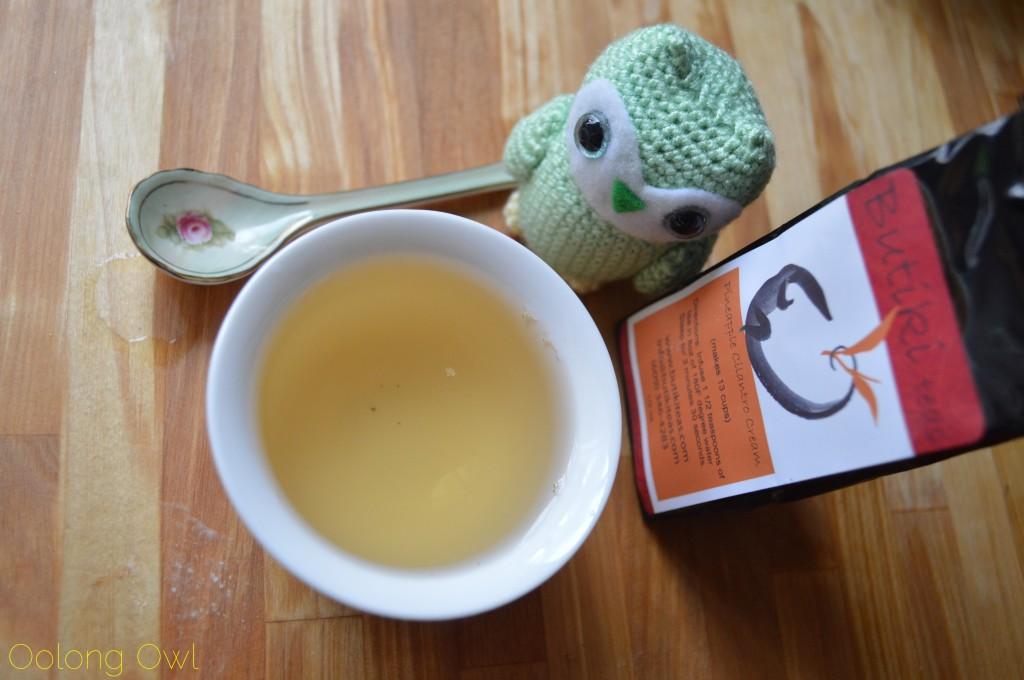 Pineapple Cilantro Cream White Tea from Butiki Teas - Oolong Owl Tea Review (4)