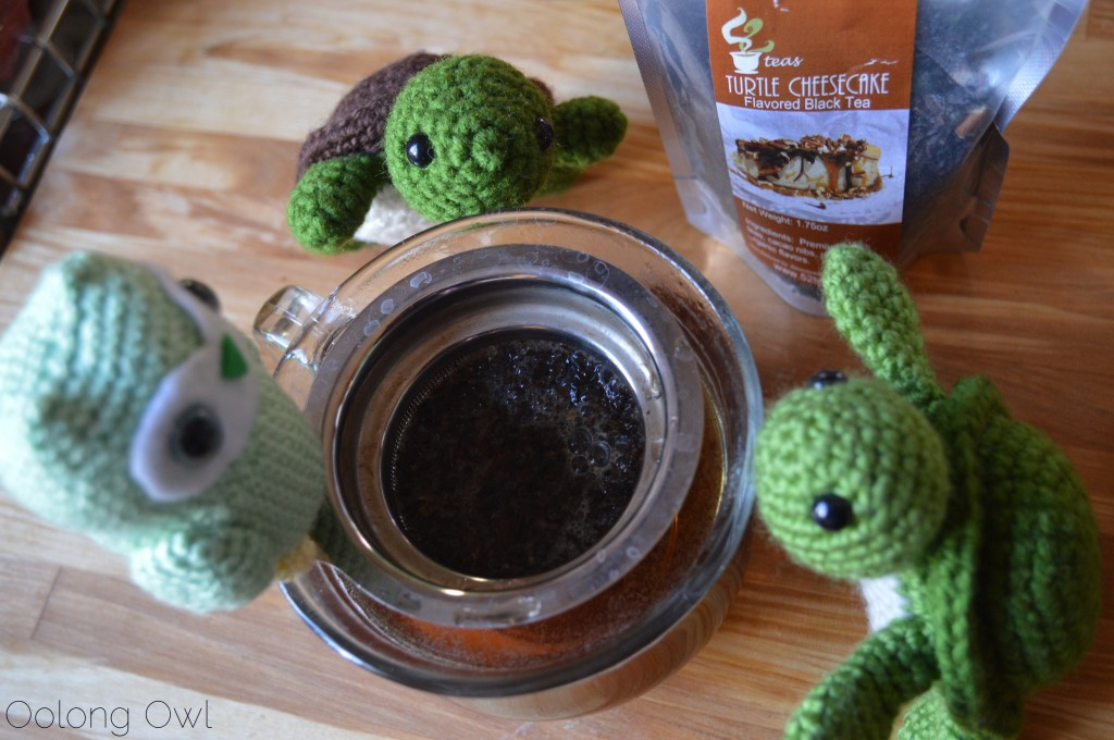 Turtle Cheesecake Black Tea from 52 Teas Zoomdweebies - Oolong Owl Tea Review (5)