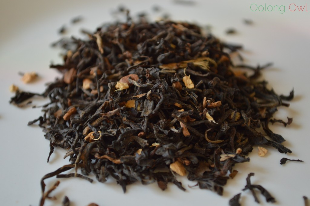 Santas Gingerbread Holiday Tea from Simple Loose Leaf - Oolong Owl Tea Review (1)