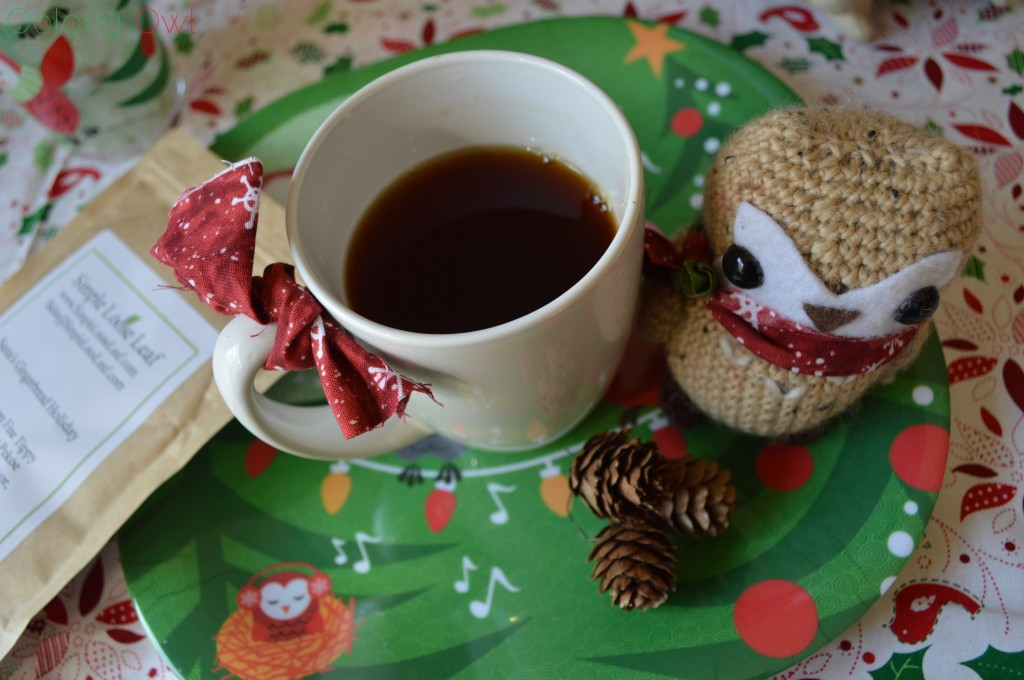 Santas Gingerbread Holiday Tea from Simple Loose Leaf - Oolong Owl Tea Review (5)