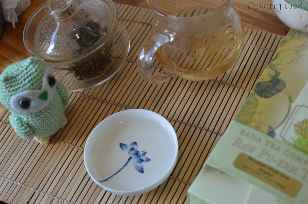 Moonlight white from jingmai puer from bana tea company - oolong owl tea review (8)