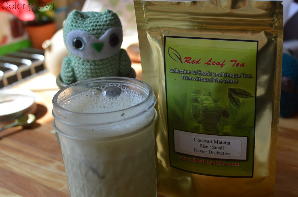 Coconut matcha from red leaf tea - oolong owl tea review (14)