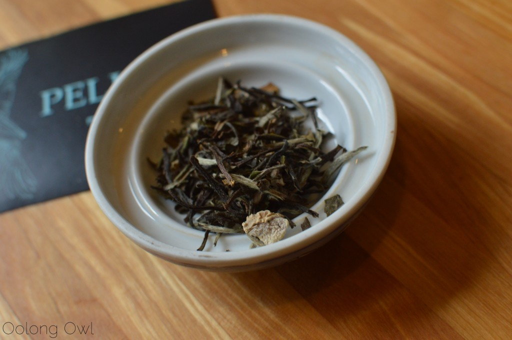 cockatiels tea from pelican tea - oolong owl tea review (2)