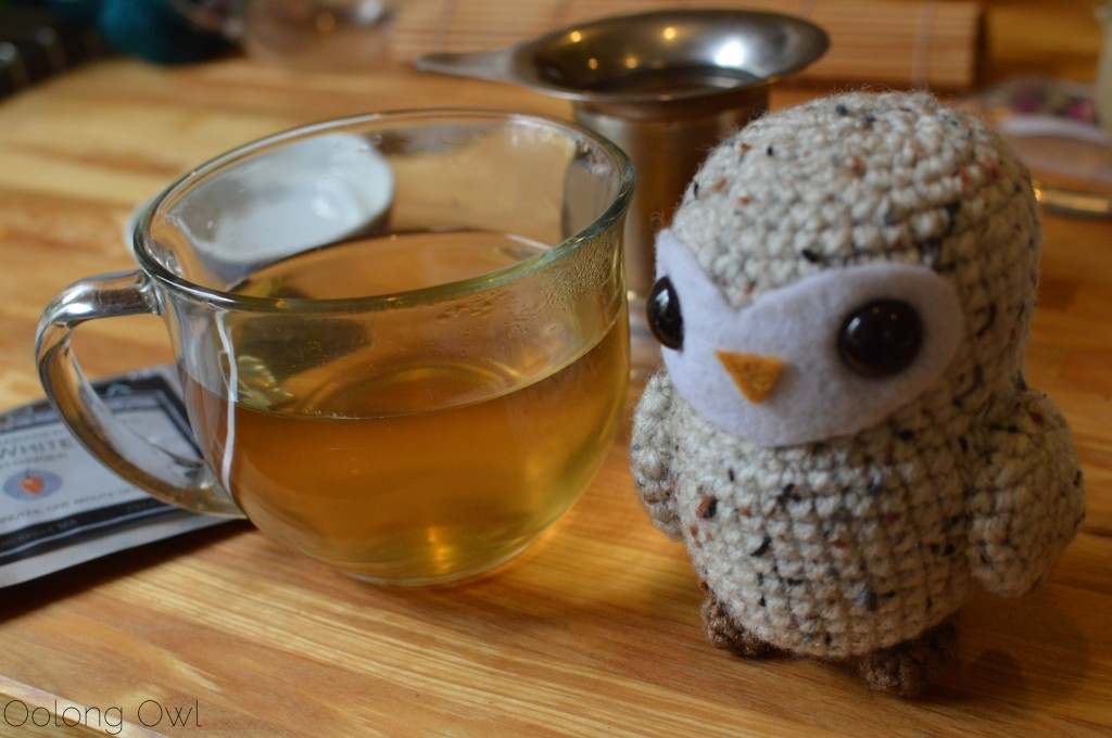 cockatiels tea from pelican tea - oolong owl tea review (4)