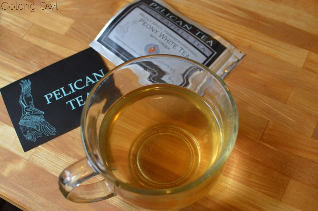 cockatiels tea from pelican tea - oolong owl tea review (5)