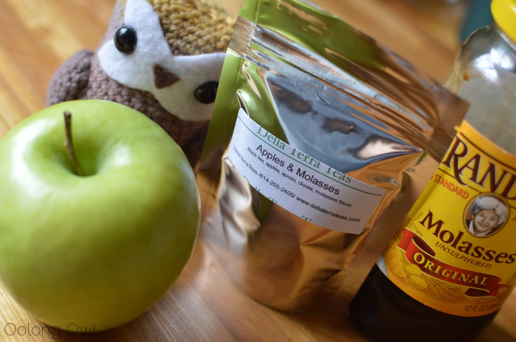 apples and molasses black tea from della terra teas - oolong owl tea review (1)
