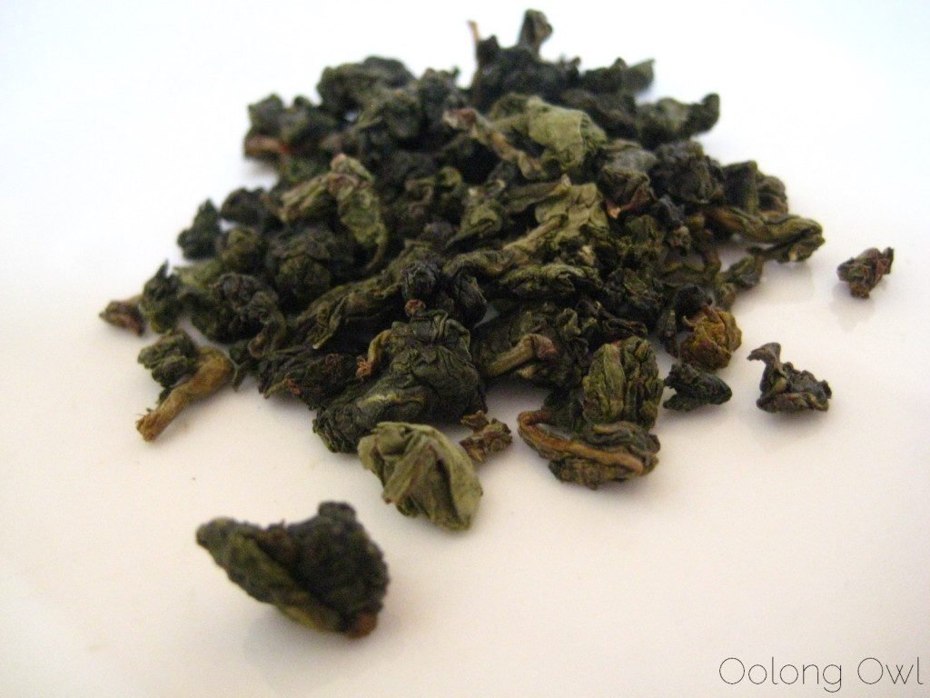 Magnolia Blossom Oolong from Upton Tea Imports - Oolong Owl Tea Review (2)