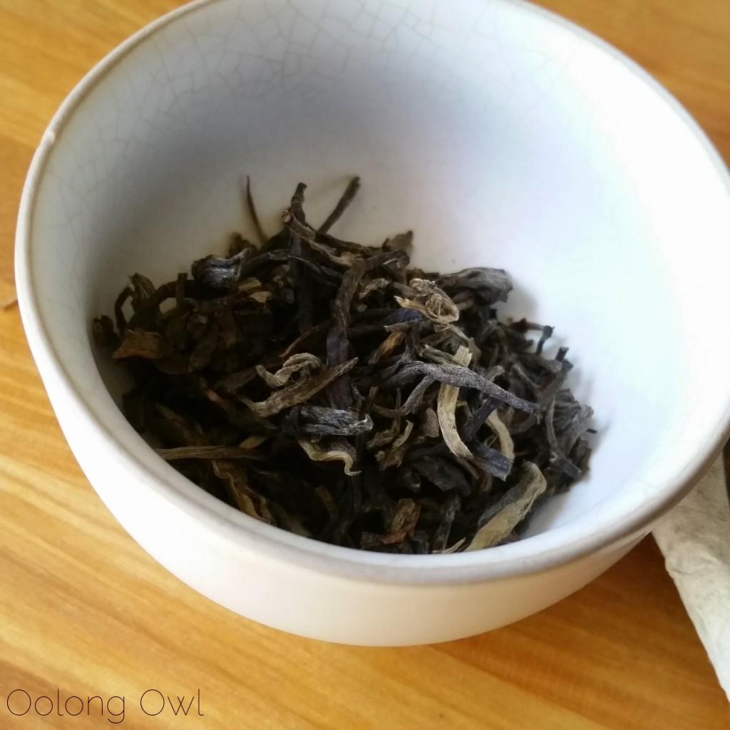 mandala tea heart of the old tree 2012 - oolong owl (1)
