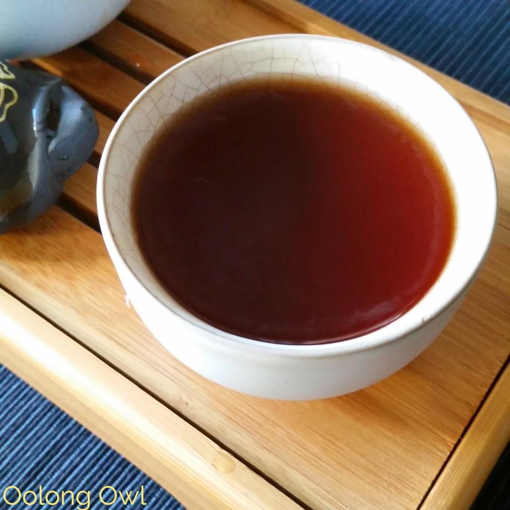 2010 Haiwan Peerless Ripe puer - oolong owl tea review (5)