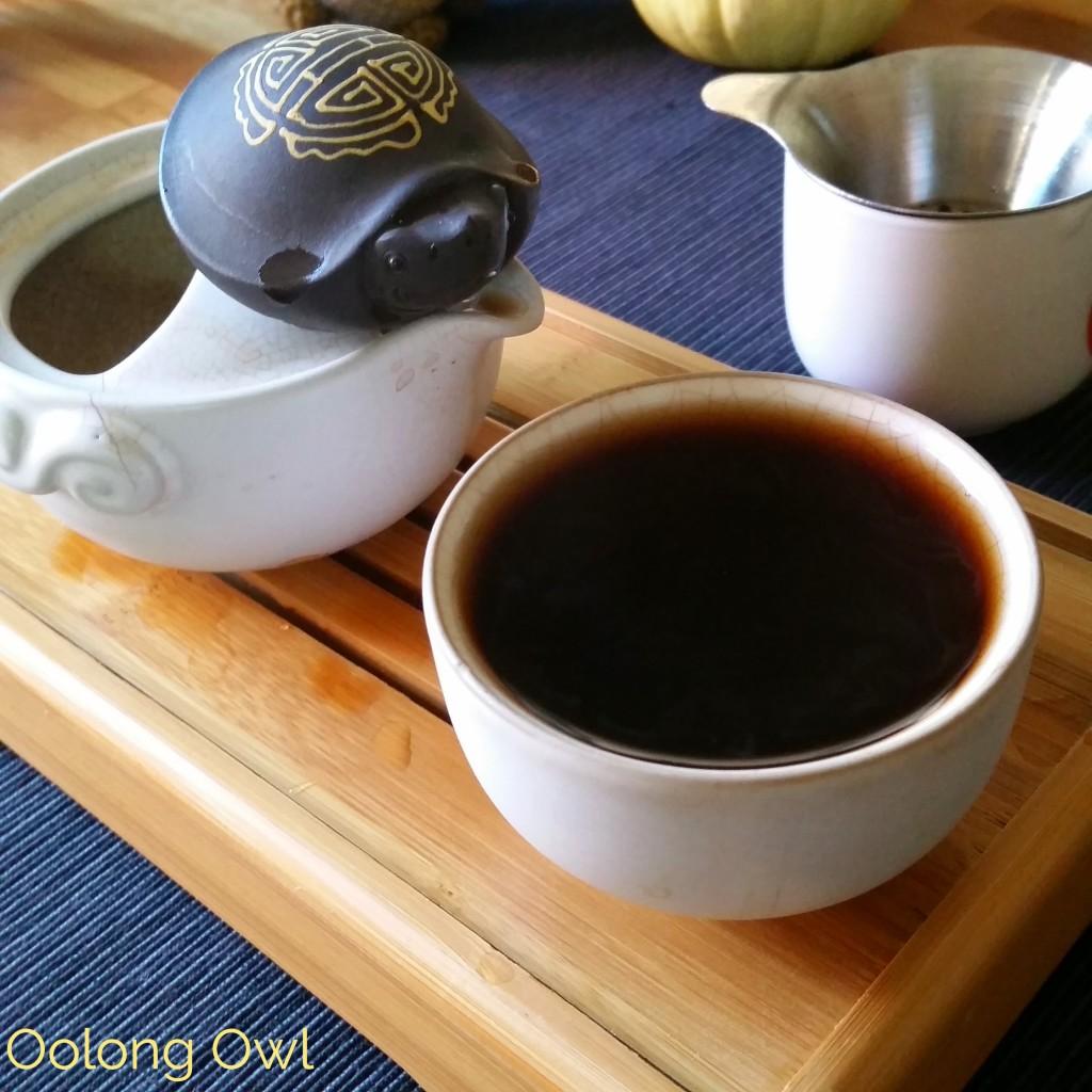 2010 Haiwan Peerless Ripe puer - oolong owl tea review (6)