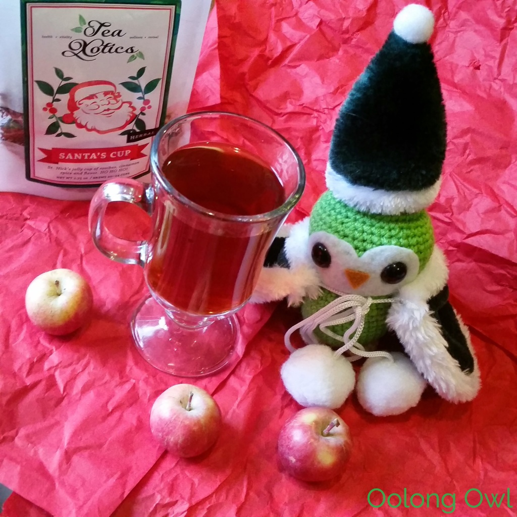 santas cup from teaxotics - oolong owl tea review (4)