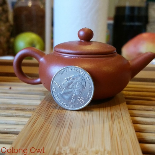 tiny yixing tea pot - Oolong Owl (10)