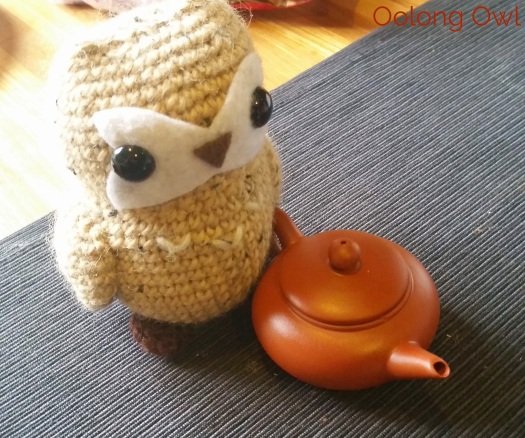 tiny yixing tea pot - Oolong Owl (8)