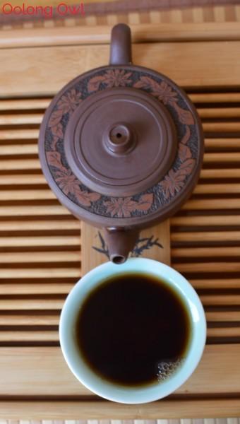 2004 Denong Ripe Puer from Bana Tea Company - Oolong Owl Tea Review (8)