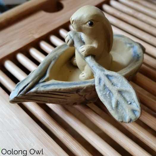 Gaiwan and Tea pet June 2015 - Oolong Owl (1)