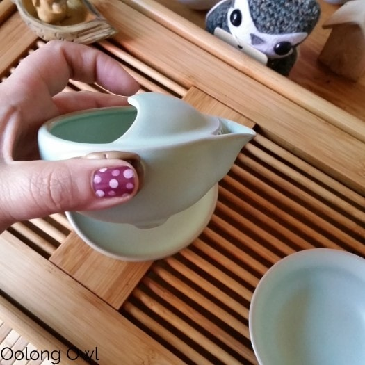 Gaiwan and Tea pet June 2015 - Oolong Owl (11)