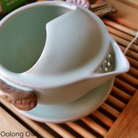 Gaiwan and Tea pet June 2015 - Oolong Owl (14)