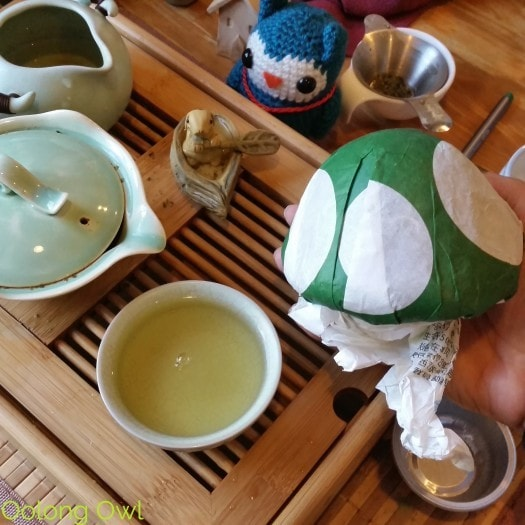 July White2Tea Club - Oolong Owl Tea Review (7)