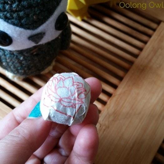 Crimson Lotus 2014 2015 Jingmai Sheng Pu'er Comparison - Oolong Owl Tea Review (1)