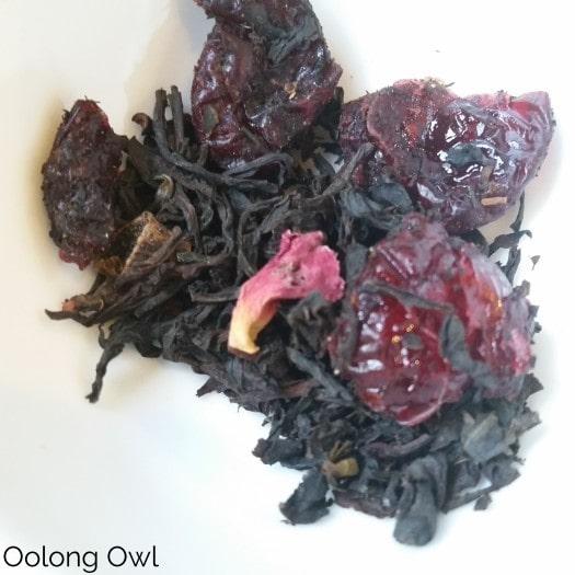 Christmas spice from secret garden tea - oolong owl tea review (2)
