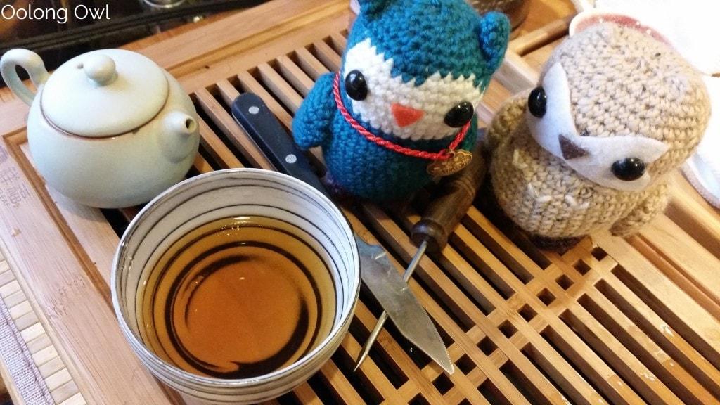 2000 fu ding bai cha aged white tea - oolong owl tea review (10)