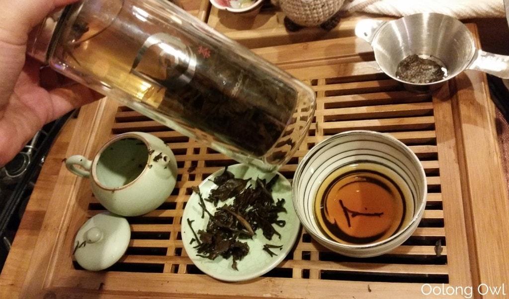 2000 fu ding bai cha aged white tea - oolong owl tea review (12)