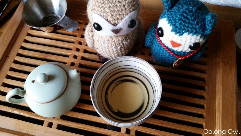 2000 fu ding bai cha aged white tea - oolong owl tea review (7)