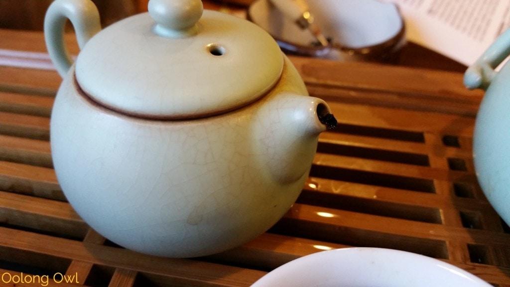 2005 denong ginseng scent - bana tea company - oolong owl tea review (4)