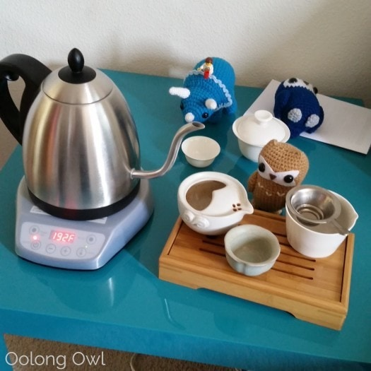 Bonavita 1 liter variable temperature gooseneck kettle - oolong owl (16)