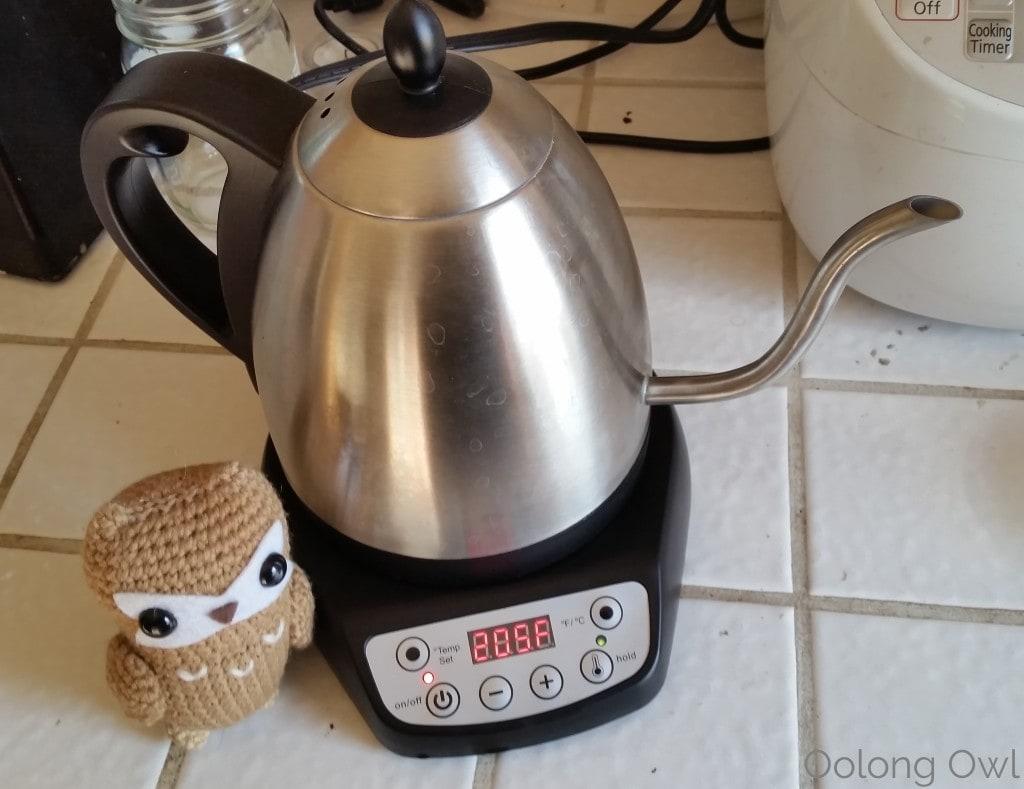 Bonavita 1 liter variable temperature gooseneck kettle - oolong owl (19)
