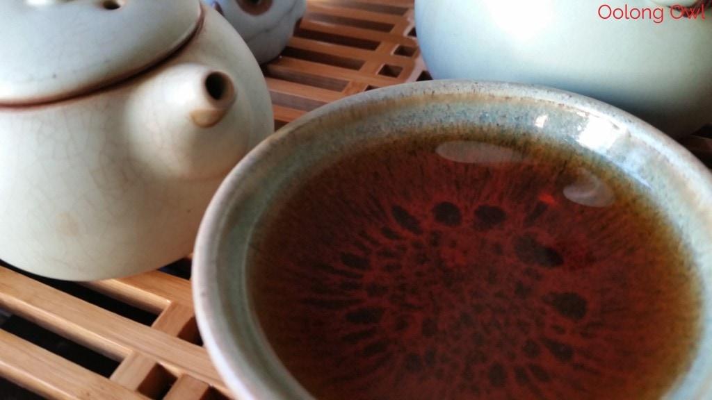 2014 gu ming xiang bulang gushu crimson lotus tea - oolong owl (2)