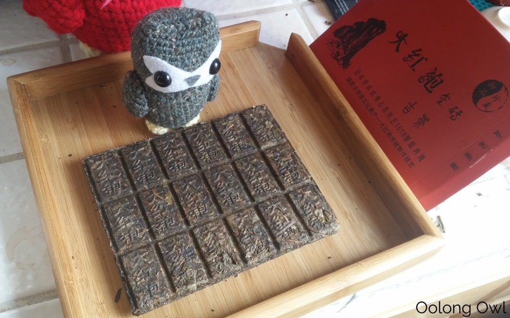 2013 Da Hong Pao Blocks - bana tea company - oolong owl (3)